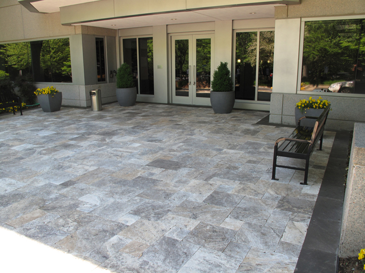 French Pattern Silver Tumbled Travertine Pavers