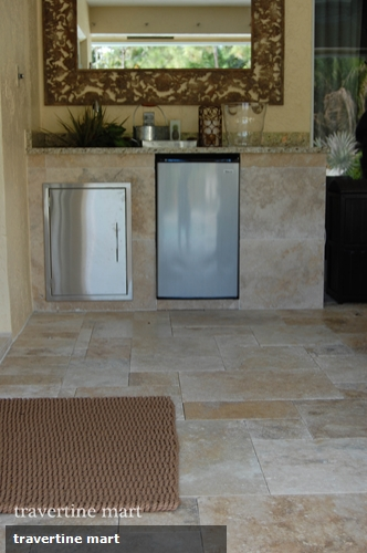 3 places to put travertine tiles when renovating your home