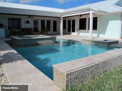 How to blend your pool with the outdoors