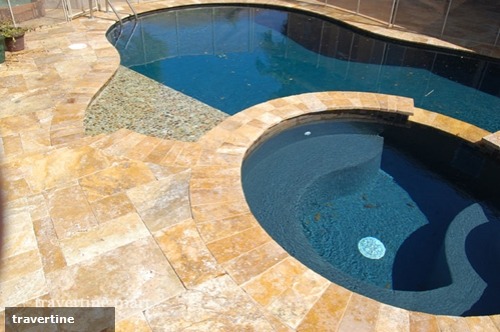 How to make a natural-looking pool area with travertine pavers