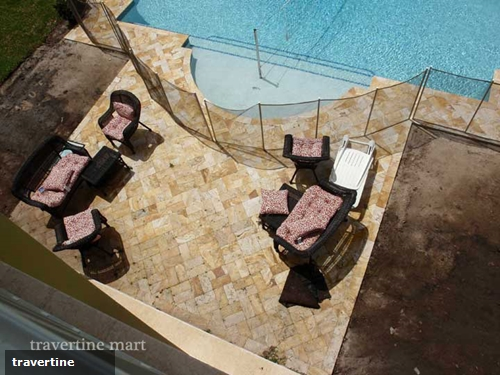 Three reasons why travertine pavers are perfect poolside